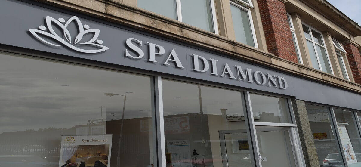 For the best massage and beauty in Derby